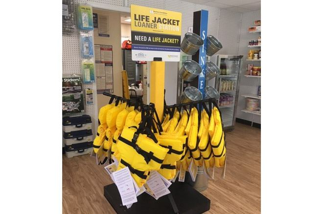 Life Jacket Loaner Flash