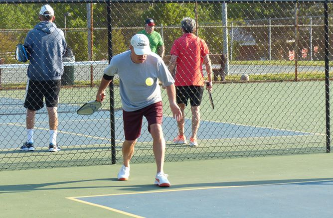 Tennis at Mid County Park